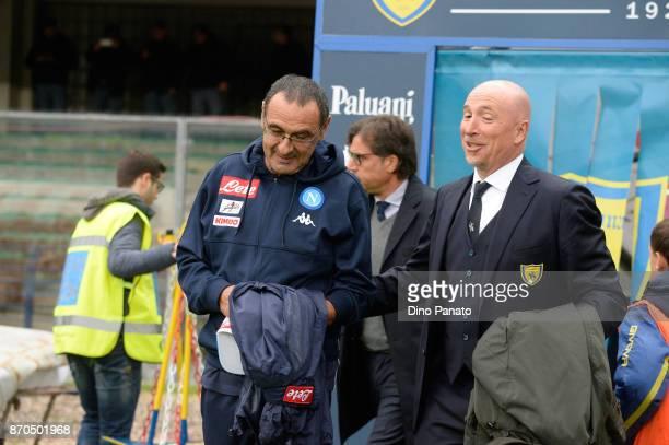 Head coach of Napoli Maurizio Sarri shakes hands with Head coach of Chievo Verona Rolando Maran during the Serie A match between AC Chievo Verona and...