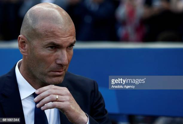 Head Coach of Real Madrid Zinedine Zidane gestures during the UEFA Champions League semi final second leg match between Atletico Madrid and Real...