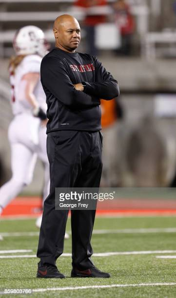 Head coach of the Stanford Cardinal David Shaw watch his team warmup before an college football game against the Utah Utes on October 7 2017 at Rice...