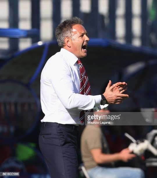 Head coach of Torino Sinisa Mihajlovic applaudes during the Serie A match between FC Crotone and Torino FC at Stadio Comunale Ezio Scida on October...