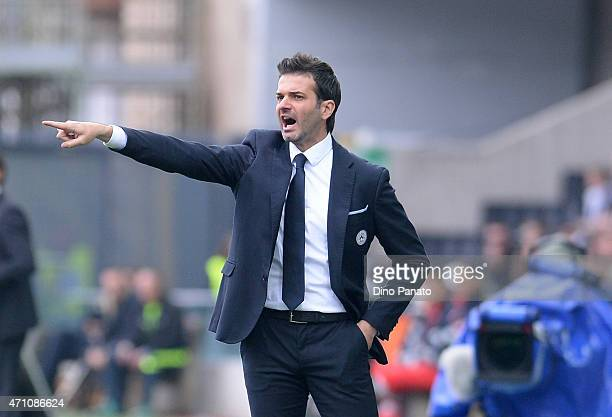 Head coach of Udinese Andrea Stramaccioni issues instructions during the Serie A match between Udinese Calcio and AC Milan at Stadio Friuli on April...