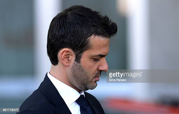 Head coach of Udinese Andrea Stramaccioni looks on during the Serie A match between Udinese Calcio and Cagliari Calcio at Stadio Friuli on January 18...