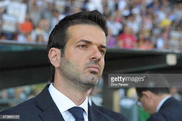 Head coach of Udinese Andrea Stramaccioni looks on during the Serie A match between Udinese Calcio and UC Sampdoria at Stadio Friuli on May 10 2015...