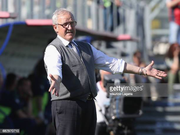 Head coach of Udinese Luigi Del Neri gestures during the Serie A match between FC Crotone and Udinese Calcio at Stadio Comunale Ezio Scida on May 14...
