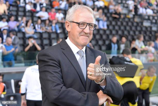 Head coach of Udinese Luigi Del Neri looks on during the Serie A match between Udinese Calcio and UC Sampdoria at Stadio Friuli on May 21 2017 in...