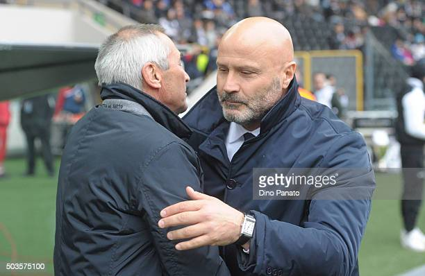 Head coach of Udinese Stefano Colantuono shakes hands with Head coach of Atalanta BC Edoardo Reja during the Serie A match between Udinese Calcio v...