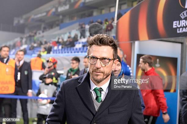 Head coach of US Sassuolo Eusebio Di Francesco looks on during the UEFA Europa League match between US Sassuolo Calcio and SK Rapid Wien at Mapei...