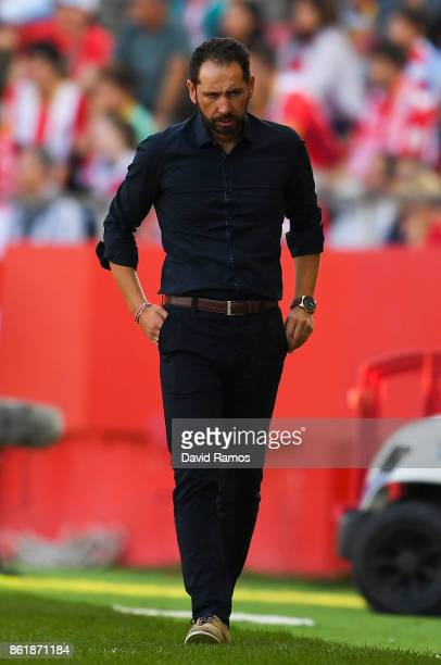 Head coach Pablo Machin of Girona FC looks on during the La Liga match between Girona and Villarreal at Estadi de Montilivi on October 15 2017 in...