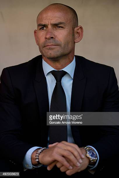 Head coach Paco Jemez of Getafe CF looks on sitted on the bench prior to start the La Liga match between Rayo Vallecano de Madrid and Getafe CF at...