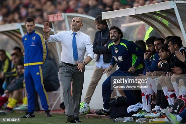 Head coach Paco Jemez of Rayo Vallecano de Madrid gives instructions during the La Liga match between Rayo Vallecano de Madrid and Villarreal CF at...
