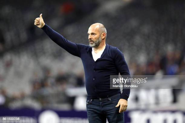 Head coach Pascal Dupraz of Toulouse during the Ligue 1 match between Toulouse and Amiens SC at Stadium Municipal on October 14 2017 in Toulouse