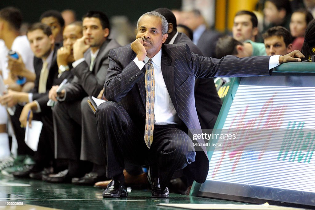 Head coach <a gi-track='captionPersonalityLinkClicked' href=/galleries/search?phrase=Paul+Hewitt&family=editorial&specificpeople=213960 ng-click='$event.stopPropagation()'>Paul Hewitt</a> of the George Mason Patriots looks on during a college basketball game against the Saint Louis Billikens at the Patriot Center on January 29, 2015 in Fairfax, Virginia. The Patriots won 68-60.