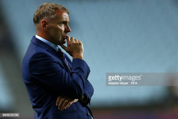 Head coach Paul Simpson of England during the FIFA U20 World Cup Korea Republic 2017 Semi Final match between Italy and England at Jeonju World Cup...
