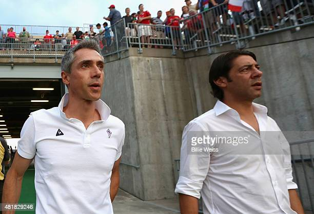 Head coach Paulo Sousa of ACF Fiorentina walks toward the field before an International Champions Cup 2015 match against SL Benfica at Rentschler...