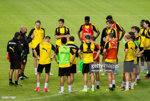 Head coach Peter Bosz of Borussia Dortmund together with the team during a training session during the Borussia Dortmund Asian Summer Tour on July 17...