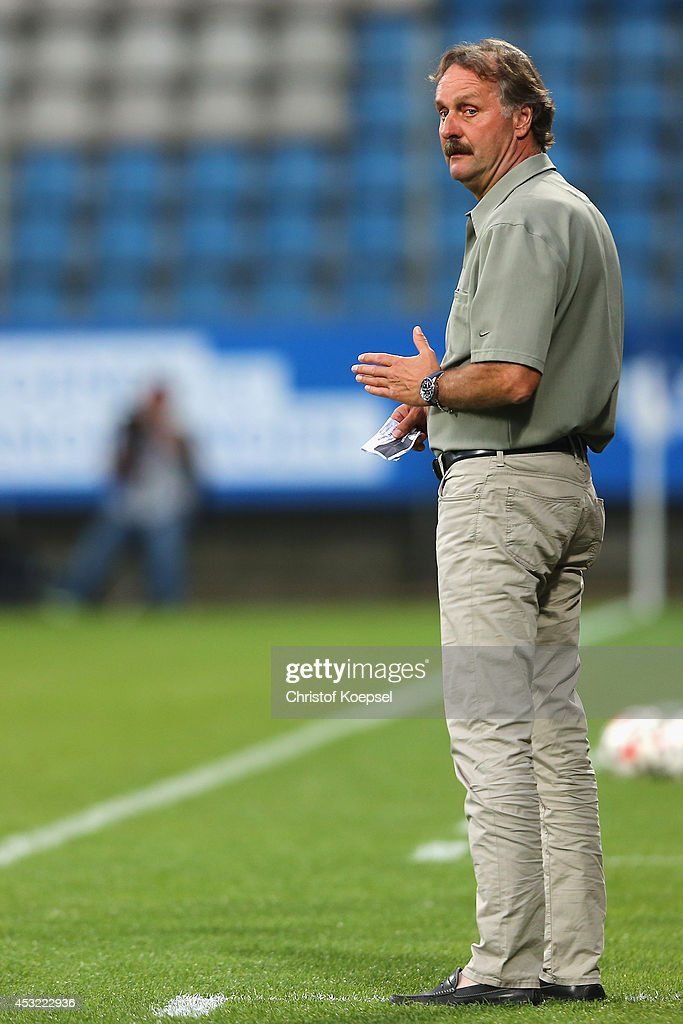 Head coach Peter Neururer of Bochum looks on during the preseason friendly match between VfL Bochum and FC Schalke 04 at Rewirpower Stadium on August...