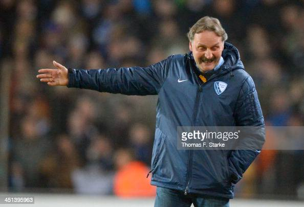 Head coach Peter Neururer of Bochum reacts during the Second Bundesliga match between Arminia Bielefeld and VfL Bochum at Schueco Arena on November...