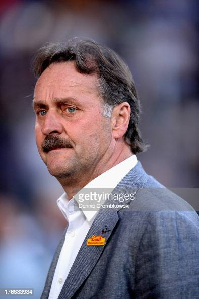 Head coach Peter Neururer of VfL Bochum reacts prior to the Second Bundesliga match between VfL Bochum and FC St Pauli at Rewirpower Stadium on...