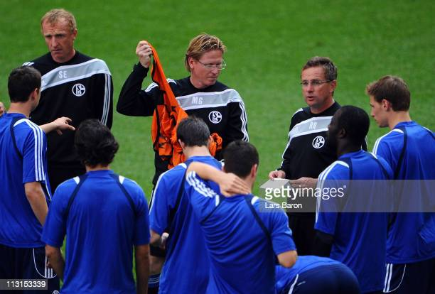 Head coach Ralf Rangnick speaks wo his players during a FC Schalke 04 training session ahead of the UEFA Champions League semifinal first leg match...