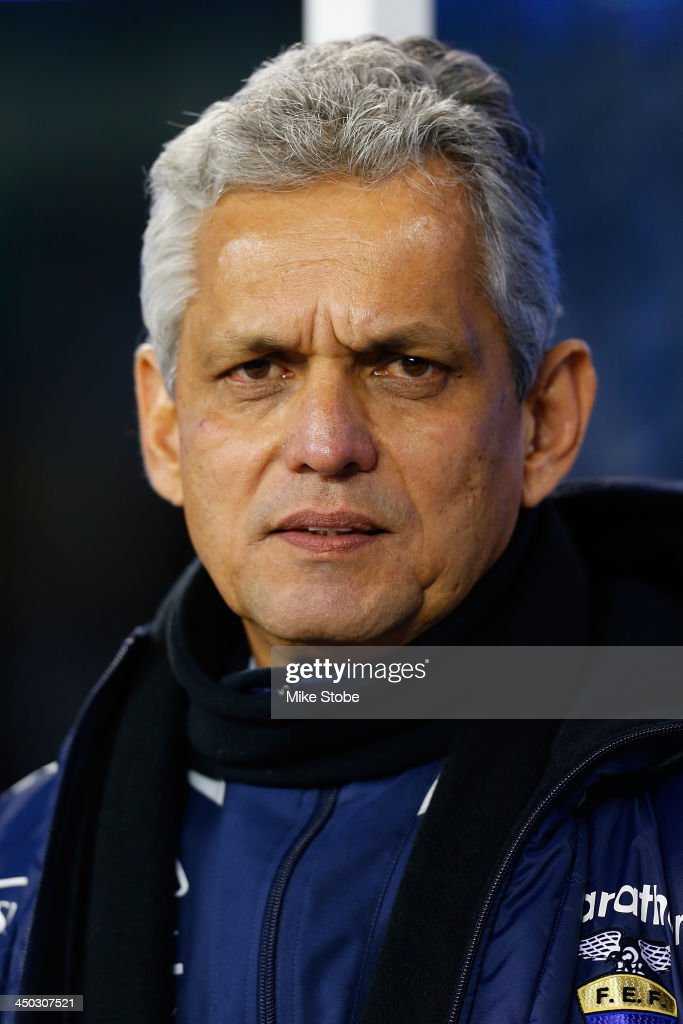 head coach <a gi-track='captionPersonalityLinkClicked' href=/galleries/search?phrase=Reinaldo+Rueda&family=editorial&specificpeople=2210216 ng-click='$event.stopPropagation()'>Reinaldo Rueda</a> of Ecuador looks on prior to the game against the Argentina at MetLife Stadium on November 15, 2013 in East Rutherford, New Jersey. Ecuador play to Argentina 0-0 tie