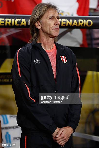 Head coach Ricardo Gareca # of Peru stands on the bench before the 2016 Copa America Centenario Group B match against the Ecuador at University of...