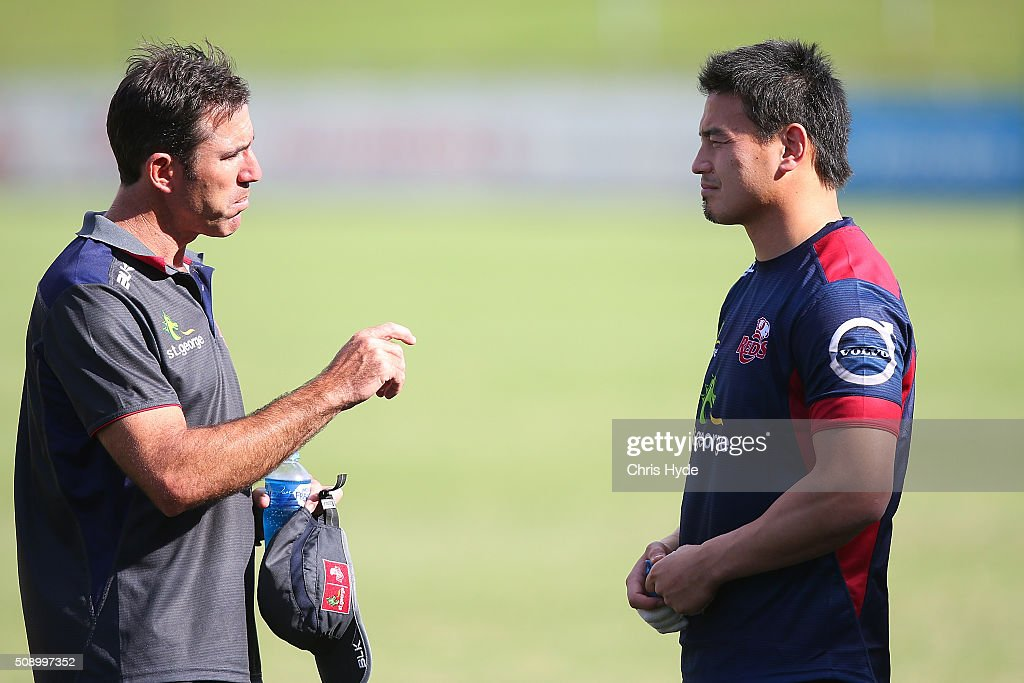 Head coach Richard Graham and <a gi-track='captionPersonalityLinkClicked' href=/galleries/search?phrase=Ayumu+Goromaru&family=editorial&specificpeople=7301515 ng-click='$event.stopPropagation()'>Ayumu Goromaru</a> talk during a Queensland Reds Super Rugby training session at Ballymore Stadium on February 8, 2016 in Brisbane, Australia.