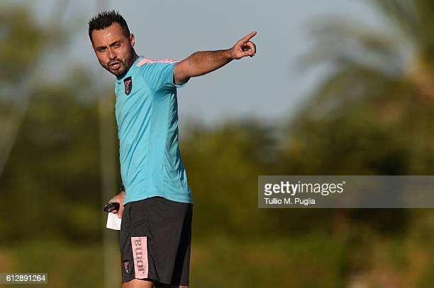 Head Coach Roberto De Zerbi in action during a US Citta' di Palermo training session at Carmelo Onorato training center on October 5 2016 in Palermo...