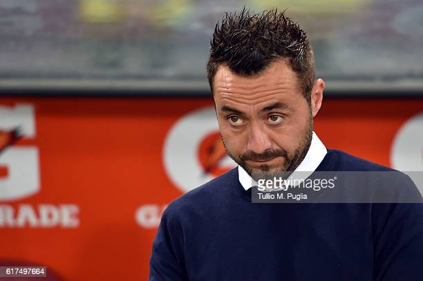 Head coach Roberto De Zerbi of Palermo looks on during the Serie A match between AS Roma and US Citta di Palermo at Stadio Olimpico on October 23...