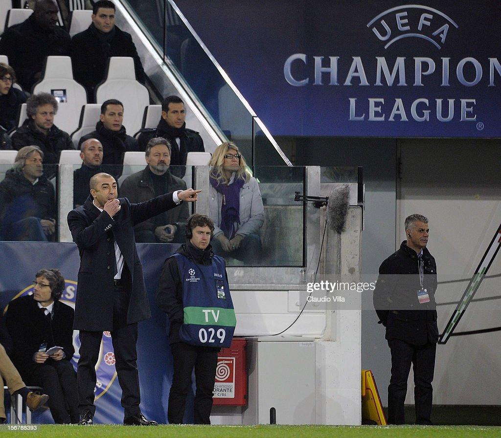 Head coach Roberto Di Matteo of Chelsea FC during the UEFA Champions League Group E match between Juventus and Chelsea FC at Juventus Arena on November 20, 2012 in Turin, Italy.