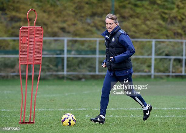 Head coach Roberto Mancini during FC Internazionale Training Session at Appiano Gentile on December 03 2014 in Como Italy