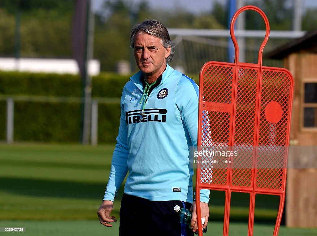 Head Coach Roberto Mancini looks on during the FC Internazionale training session at the club's training ground at Appiano Gentile on May 6, 2016 in Como, Italy.