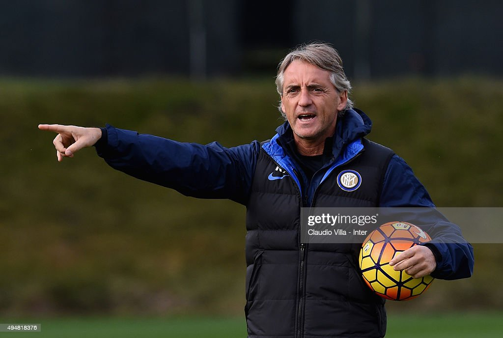 Head coach Roberto Mancini reacts during a FC Internazionale training session at the club's training ground at Appiano Gentile on October 29, 2015 in Como, Italy.
