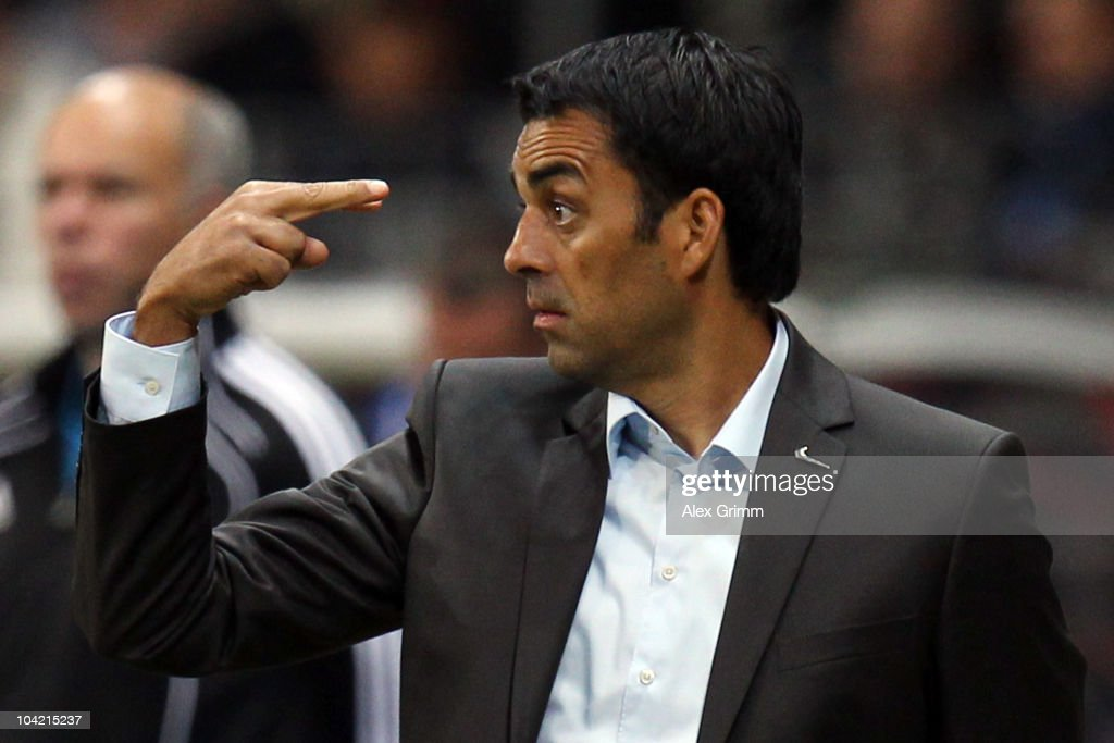 Head coach Robin Dutt of Freiburg gestures during the Bundesliga match between Eintracht Frankfurt and SC Freiburg at the Commerzbank Arena on...