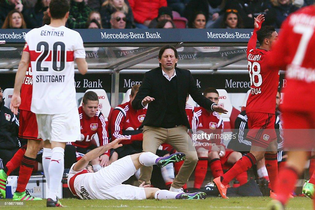 Head coach Roger Schmidt of Leverkusen reacts during the Bundesliga match between VfB Stuttgart and Bayer Leverkusen at MercedesBenz Arena on March...