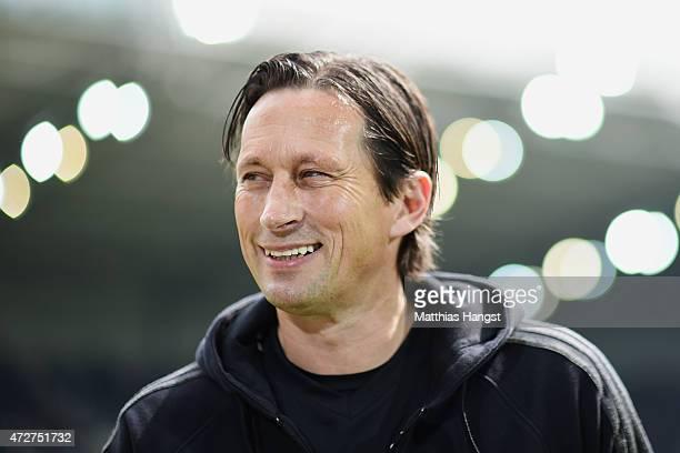 Head coach Roger Schmidt of Leverkusen seen prior to the Bundesliga match between Borussia Moenchengladbach and Bayer 04 Leverkusen at Borussia Park...