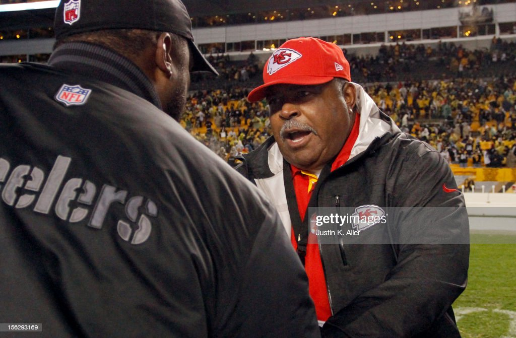 Head coach <a gi-track='captionPersonalityLinkClicked' href=/galleries/search?phrase=Romeo+Crennel&family=editorial&specificpeople=564028 ng-click='$event.stopPropagation()'>Romeo Crennel</a> of the Kansas City Chiefs talks with head coach <a gi-track='captionPersonalityLinkClicked' href=/galleries/search?phrase=Mike+Tomlin&family=editorial&specificpeople=749087 ng-click='$event.stopPropagation()'>Mike Tomlin</a> of the Pittsburgh Steelers after the game on November 12, 2012 at Heinz Field in Pittsburgh, Pennsylvania. The Steelers defeated the Chiefs 16-13.