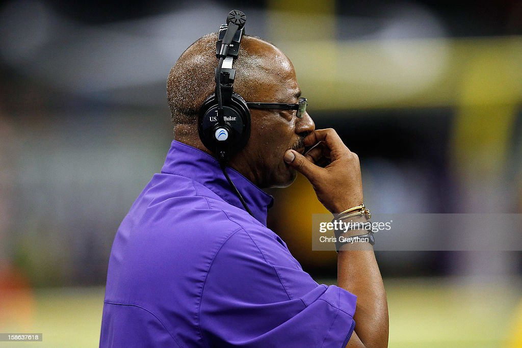 Head coach Ruffin McNeill of the East Carolina Pirates watches a play against the Louisiana-Lafayette Ragin Cajuns during the R+L Carriers New Orleans Bow at the Mercedes-Benz Superdome on December 22, 2012 in New Orleans, Louisiana.