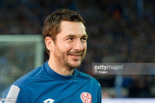 Head coach Sandro Schwarz of Mainz laughs during the Bundesliga match between FC Schalke 04 and 1 FSV Mainz 05 at VeltinsArena on October 20 2017 in...