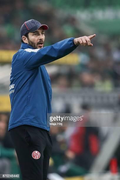 Head Coach Sandro Schwarz of Mainz reacts during the Bundesliga match between Borussia Moenchengladbach and 1 FSV Mainz 05 at BorussiaPark on...