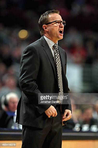 Head coach Scott Brooks of the Oklahoma City Thunder gives instructions to his team during a game against the Chicago Bulls at the United Center on...