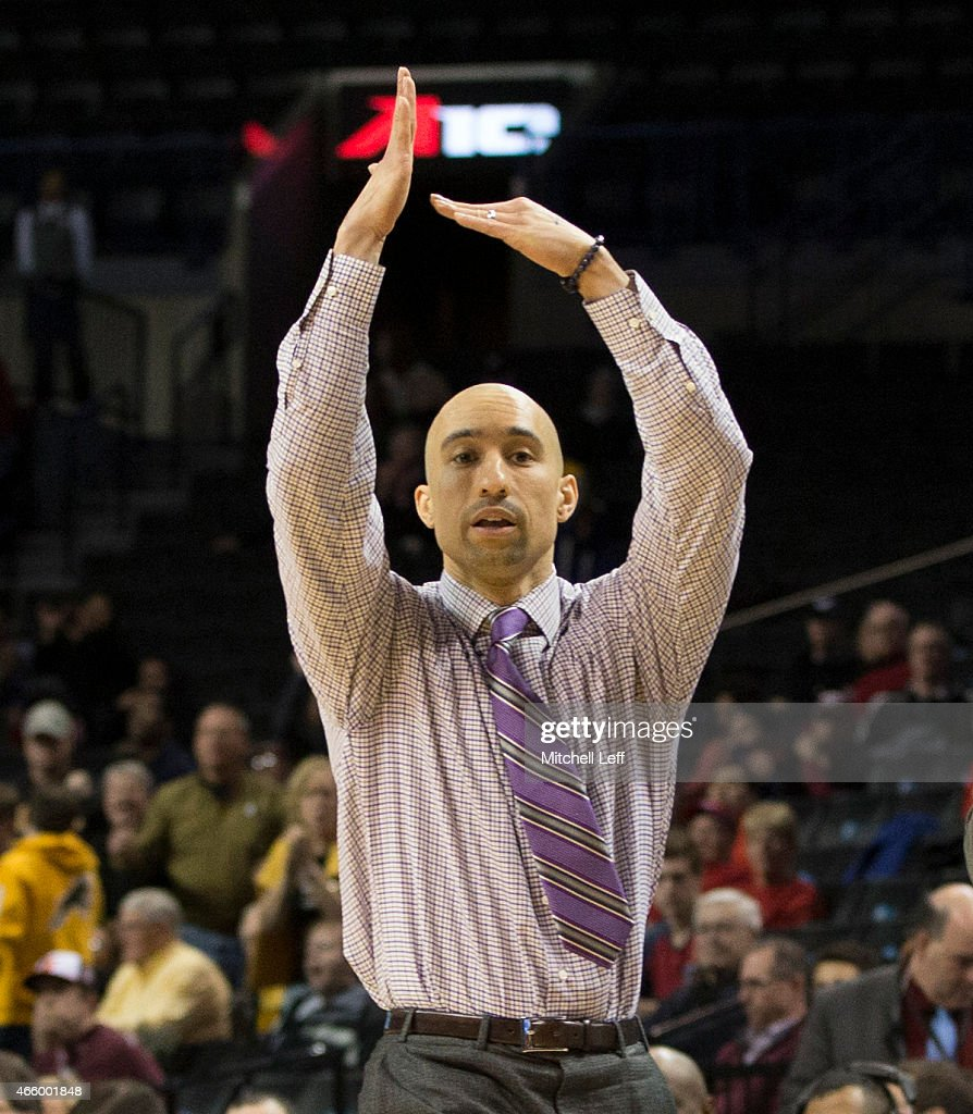 Head coach <a gi-track='captionPersonalityLinkClicked' href=/galleries/search?phrase=Shaka+Smart&family=editorial&specificpeople=6845771 ng-click='$event.stopPropagation()'>Shaka Smart</a> of the Virginia Commonwealth Rams calls a timeout during the game against the Fordham Rams in the second round of the men's Atlantic 10 tournament on March 12, 2015 at the Barclays Center in the Brooklyn borough of New York City. The Virginia Commonwealth Rams defeated the Fordham Rams 63-57.
