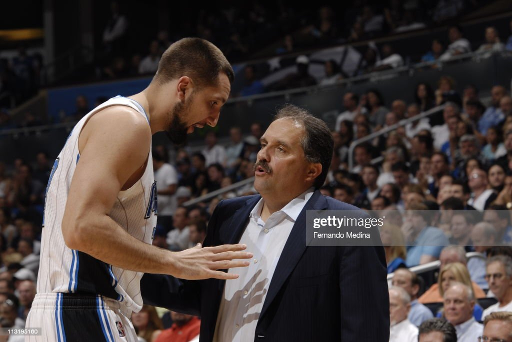 Head Coach <a gi-track='captionPersonalityLinkClicked' href=/galleries/search?phrase=Stan+Van+Gundy&family=editorial&specificpeople=202261 ng-click='$event.stopPropagation()'>Stan Van Gundy</a> talks to Ryan Anderson #33 of the Orlando Magic in Game Five of the Eastern Conference Quarterfinals against the Atlanta Hawks in the 2011 NBA Playoffs on April 26, 2011 at the Amway Center in Orlando, Florida.