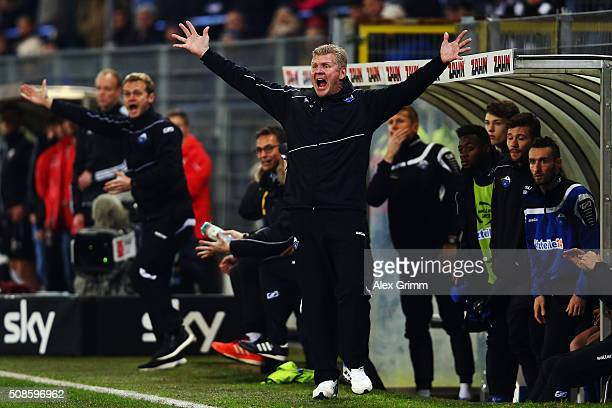 Head coach Stefan Effenberg of Paderborn reacts during the Second Bundesliga match between SV Sandhausen and SC Paderborn at Hardtwaldstadion on...