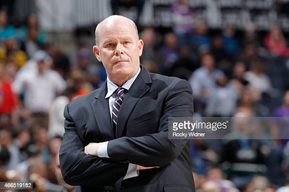 Head Coach Steve Clifford of the Charlotte Hornets coaches against the Sacramento Kings on March 11 2015 at Time Warner Cable Arena in Charlotte...