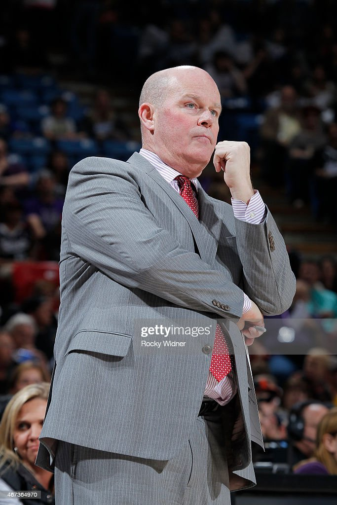 Head Coach Steve Clifford of the Charlotte Hornets coaches against the Sacramento Kings on March 20 2015 at Sleep Train Arena in Sacramento...