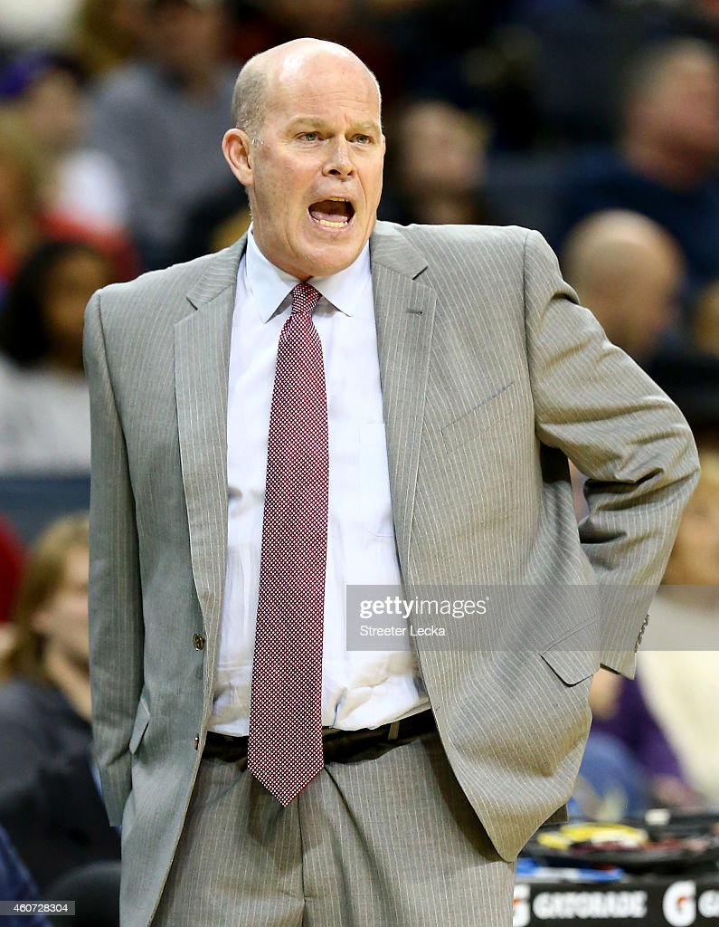 Head coach Steve Clifford of the Charlotte Hornets yells to his team during their game against the Utah Jazz at Time Warner Cable Arena on December...