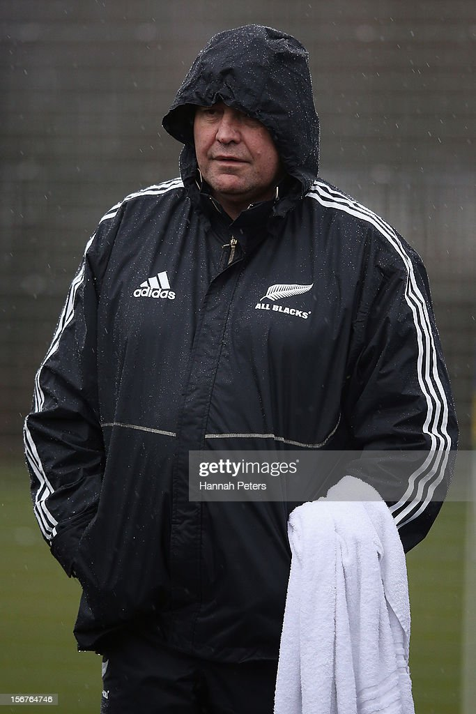 Head coach <a gi-track='captionPersonalityLinkClicked' href=/galleries/search?phrase=Steve+Hansen&family=editorial&specificpeople=228915 ng-click='$event.stopPropagation()'>Steve Hansen</a> of the All Blacks looks on during a training session at the University of Glamorgan training fields on November 20, 2012 in Cardiff, Wales.