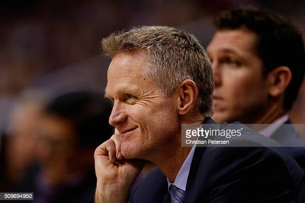 Head coach Steve Kerr of the Golden State Warriors during the NBA game against the Phoenix Suns at Talking Stick Resort Arena on February 10 2016 in...