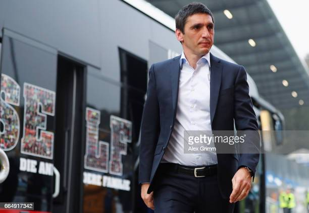 Head coach Tayfun Korkut of Leverkusen leaves the team bus prior to the Bundesliga match between SV Darmstadt 98 and Bayer 04 Leverkusen at Jonathan...