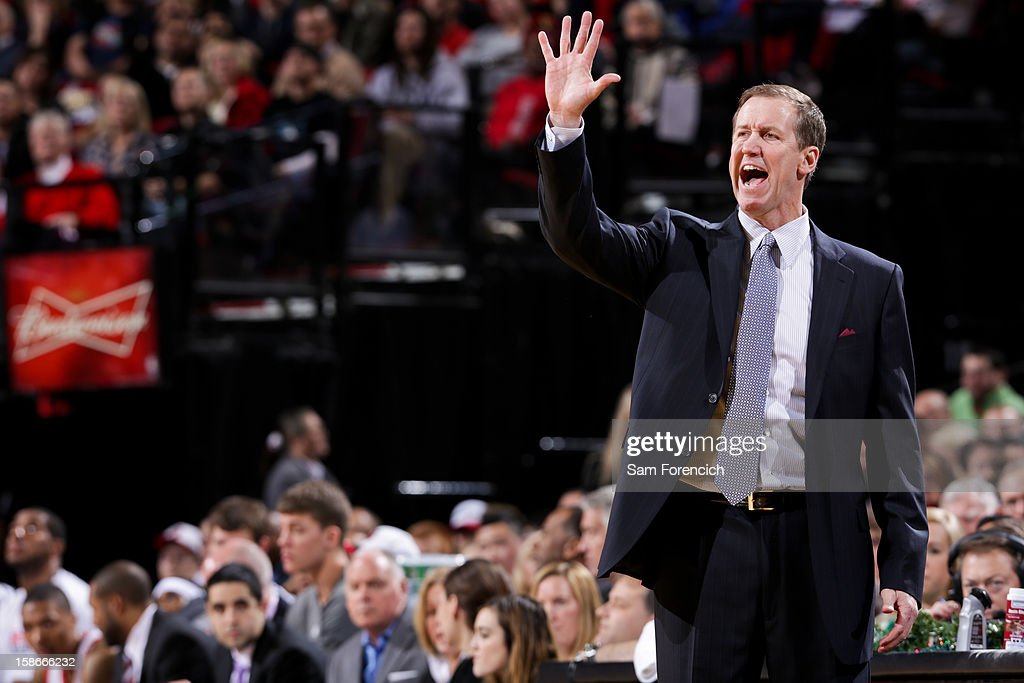 Head Coach <a gi-track='captionPersonalityLinkClicked' href=/galleries/search?phrase=Terry+Stotts&family=editorial&specificpeople=653534 ng-click='$event.stopPropagation()'>Terry Stotts</a> of the Portland Trail Blazers calls a play out to his team against the Phoenix Suns on December 22, 2012 at the Rose Garden Arena in Portland, Oregon.